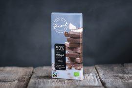 Made By Berit Nordstrand vegan melkefri sjokolade med 50% kakao og kokossmak