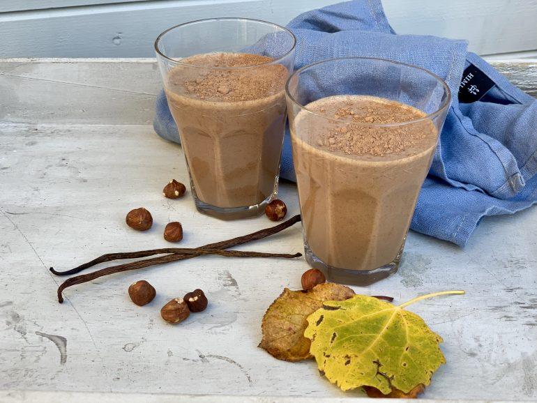 Hjemmelaget vegan sjokolademelk uten laktose fra Made By Berit Nordstrand